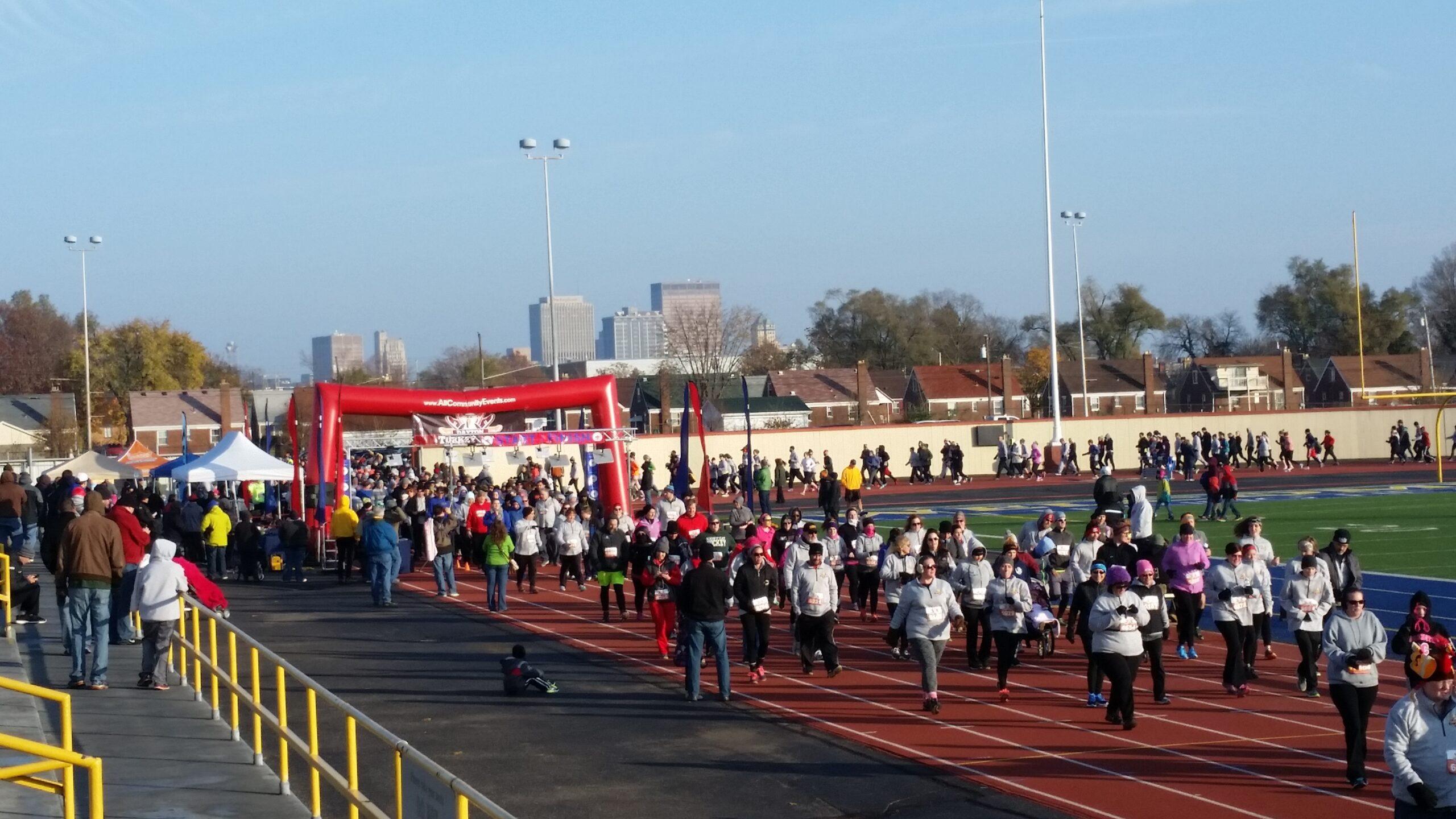 Mass Race Participant Start Line - USA and Ohio Race Timing & Event Management 5k 10k Half Marathon Marathon